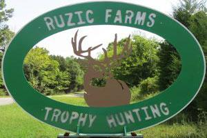 Ruzic Farms Trophy Hunting