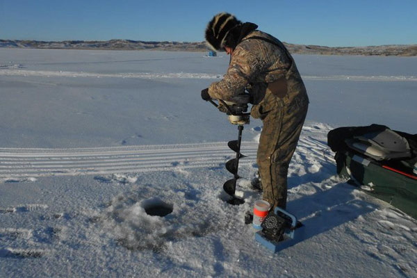 Platte creek lodge platte south dakota ultimate walleye for South dakota ice fishing guides